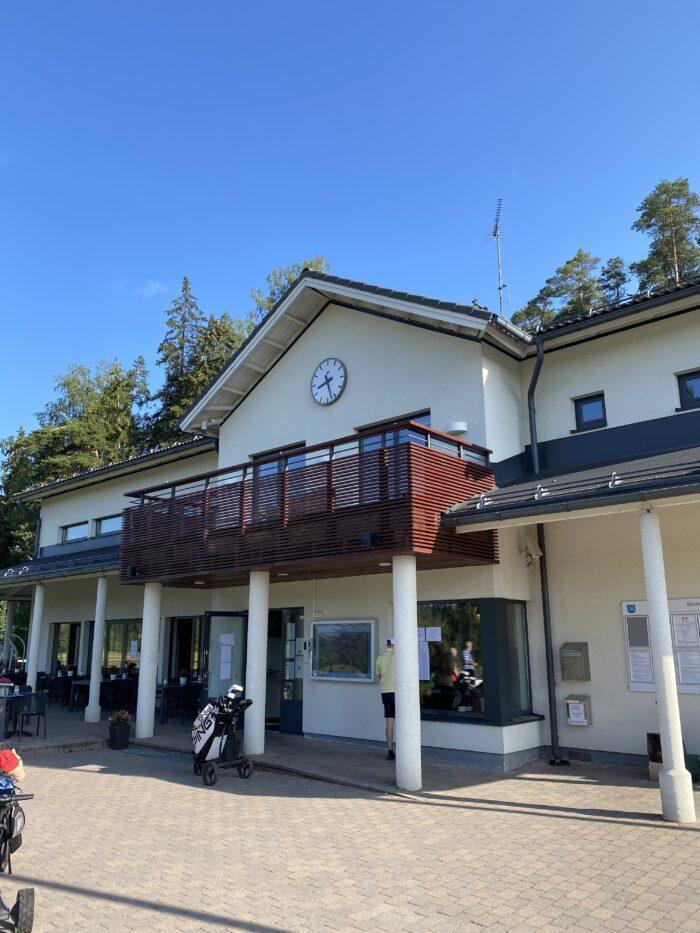 Huttunen  ja Hallanoro reikäpelimestareiksi Gumbölessä!